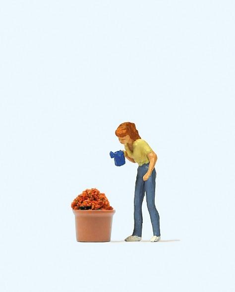 Preiser 28103 - H0 - Beim Blumengießen
