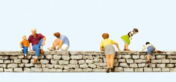 Preiser 10615 - H0 - Auf der Mauer