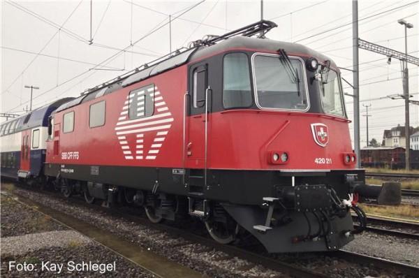 Fischer 21011905 - TT - E-Lok Re4/4 II Re420 der LION SBB mit LokSound
