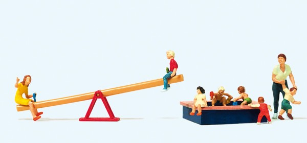 Preiser 10587 - H0 - Spielende Kinder, Wippe & Sandkasten