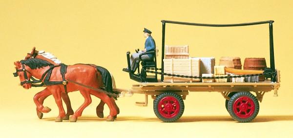 Preiser 30434 - H0 - Bauer mit Pflug, zwei Pferde