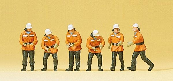 Preiser 10242 - H0 - Feuerwehrmänner im Einsatz