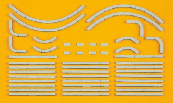 Preiser 18200 - H0 - Randsteine, 38 Bauelemente, Bausatz
