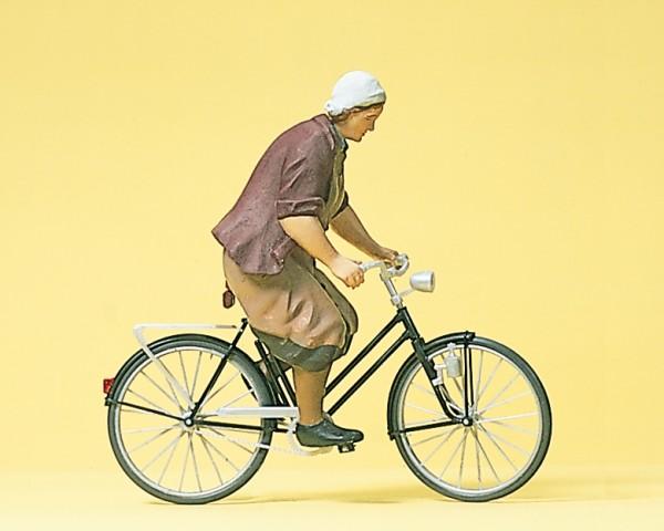Preiser 45068 - Bäuerin mit Fahrrad