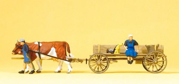 Preiser 30412 - H0 - Bauernwagen, 2 Bauersleute, 2 Kühe & Hund