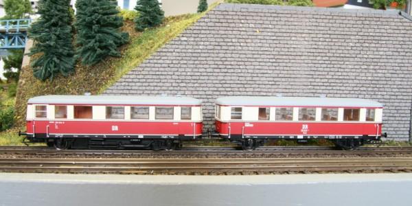 Kres 1351405 - TT - Triebwagenzug BR 180 004-1 + BR 190 820-1 der DR