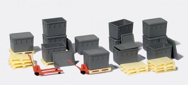 Preiser 31025 - H0 - 12 Kunststoffbehälter, 12 Paletten, 2 Hubwagen