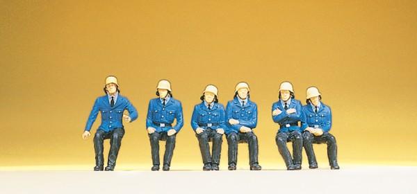 Preiser 14207 - H0 - Sitzende Feuerwehrmänner