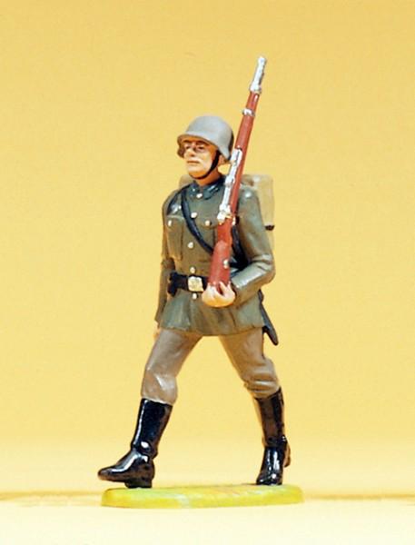Preiser 56054 - 1:25 - Soldat im Marsch mit Tornister