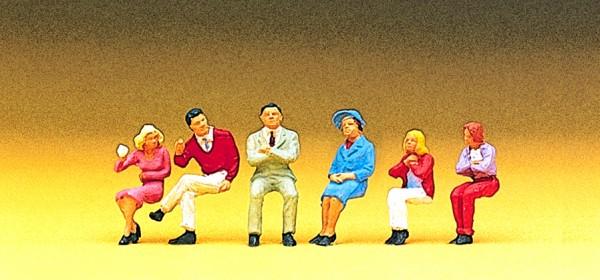 Preiser 10096 - Sitzende Personen