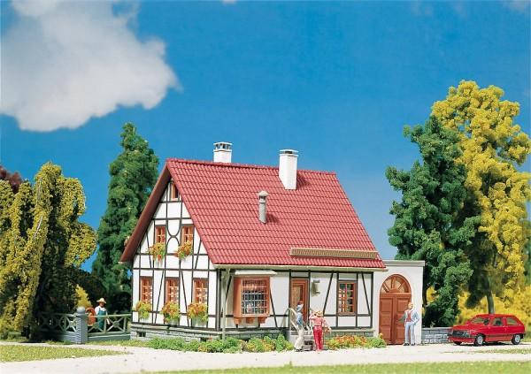 Faller 232215 - N - Fachwerkhaus mit Garage