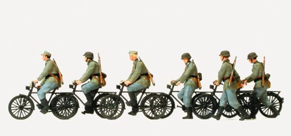 Preiser 16596 - H0 - Radfahrtrupp fahrend und gehend