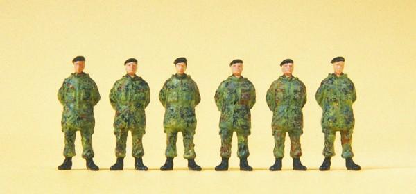 Preiser 16840 - H0 - Soldaten stehend