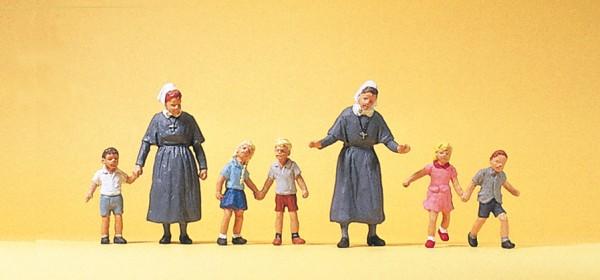 Preiser 10533 - H0 - Diakonissen mit Kindern