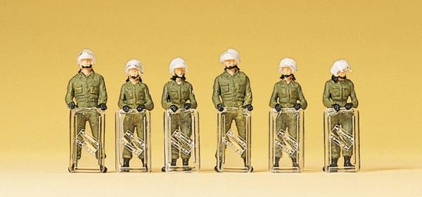 Preiser 10395 - H0 - Bereitschaftspolizei, Einsatzanzug, Schild