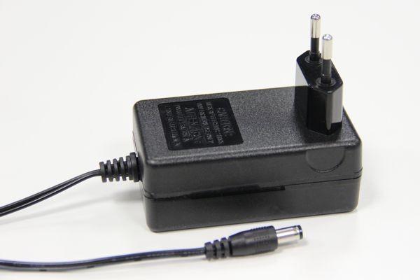 Lenz 26160 - Steckernetzteil für LW150